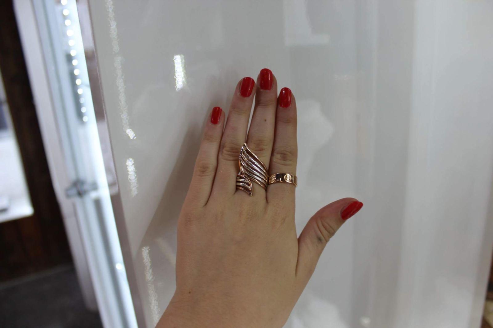 Argento ring £10