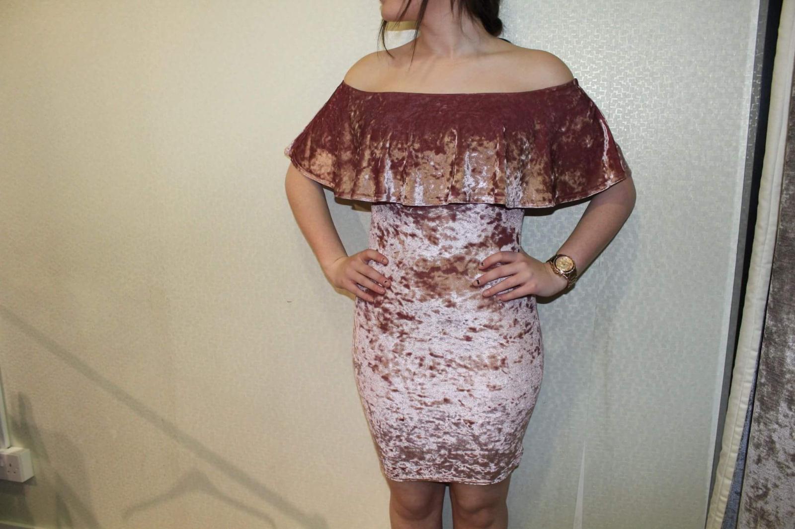 Quiz velvet dress £24.99