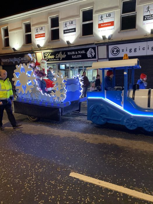 Santa Frozen sleigh 2019