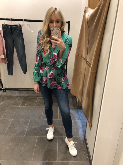 Vero Moda blouse £32 and jeans £48 as worn by Glam Meets Girl #blogger