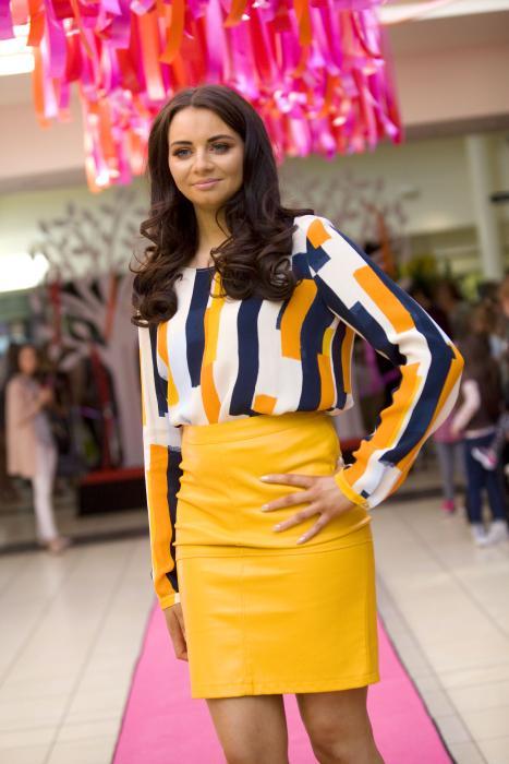 VILA Skirt £30 and Top £32